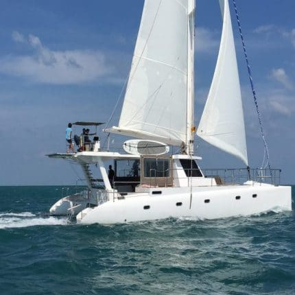 catamaran in sri lanka